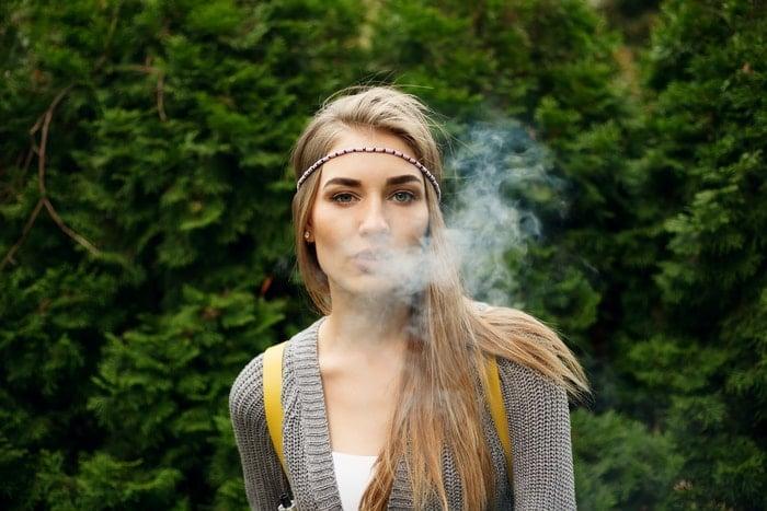 CBD-Rauchen-Vaporisieren-Verdampfen